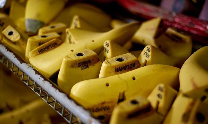 Колодки для обуви Barker